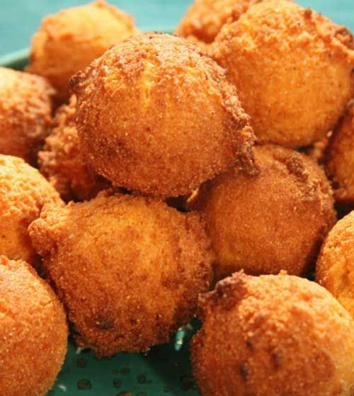 Recipe for Hush Puppies with Jalapeno Peppers - One day, I thought back to the hush puppies I'd had as a child on a Southern trip…and ended up creating my own version of them. This time with a bit of a kick.