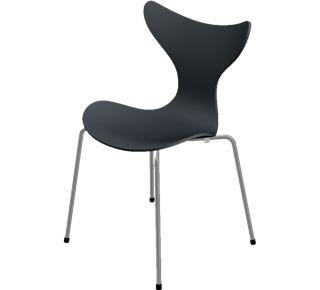 Liljen af Arne Jacobsen. Lilje stolen er en af dansk design histories store klassikere. Liljen er utrolig dynamisk og har sit navn efter liljens ranke udtryk.