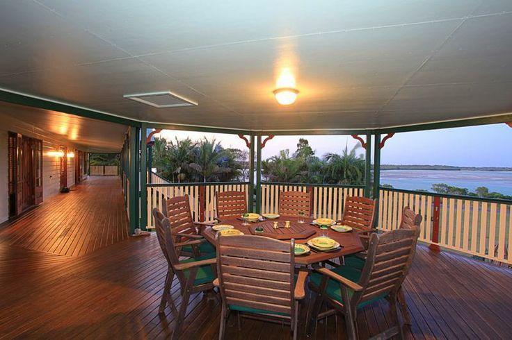 Beautiful extended Queenslander verandah with views. Woodgate,  QLD