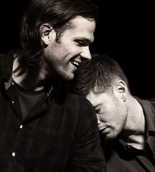 Aww pic of Jared and Jensen