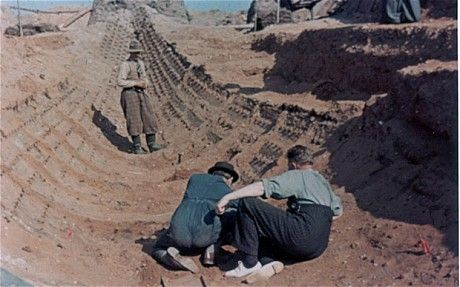 Photographs which show the 1939 excavation of the Anglo Saxon ship burial at Sutton Hoo have emerged for the first time.