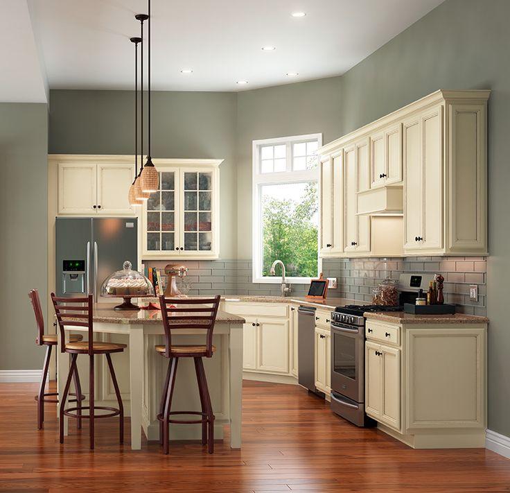 Hazelnut Kitchen: Shenandoah Cabinetry Kitchen In Dominion Hazelnut Glaze