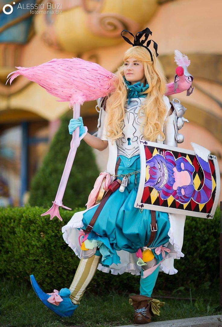 Cosplay Hub - federica #AlessioBuziPhotomania #Aliceinwonderland #Alicenelpaesedellemeraviglie #alicetimburton #cosplaygirl #aliceinwonderlandcosplay