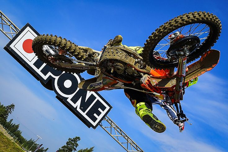 NO CHALLENGE FOR THE CHAMPIONS CAIROLI AND HERLINGS IN HYVINKÄÄ http://www.mcnews.com.au/2014-wmx-rnd13-finland/