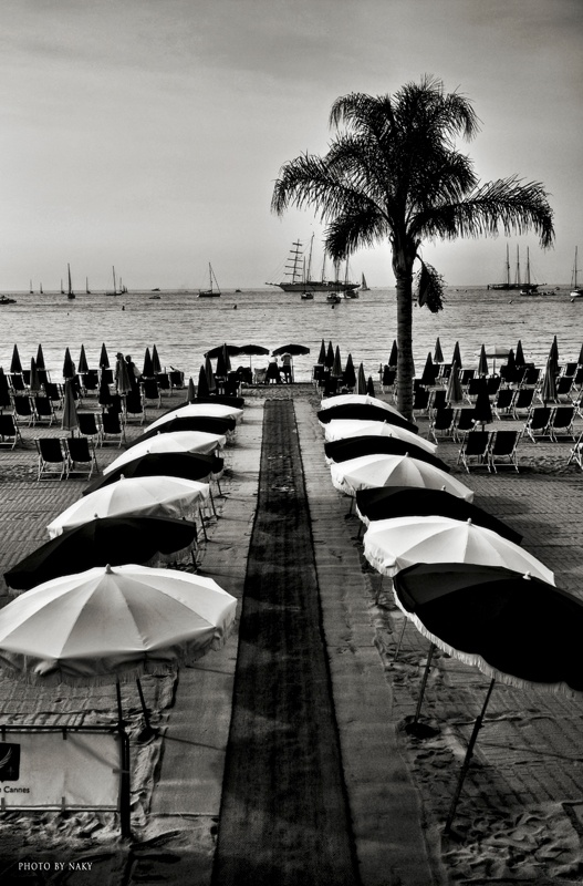 Photo by Naky:  -cannes/ la plage    http://www.facebook.com/naky.photography