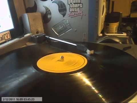 jasper carrott -- twelve days of christnas 33 rpm - YouTube