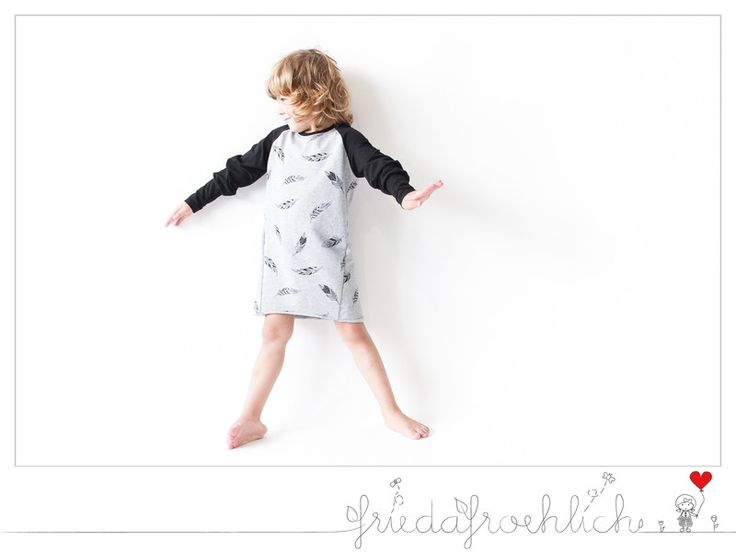 """Kapuzenpullis - Kleid """"Federn"""" - graumeliert/ schwarz - ein Designerstück von frieda_froehlich bei DaWanda"""