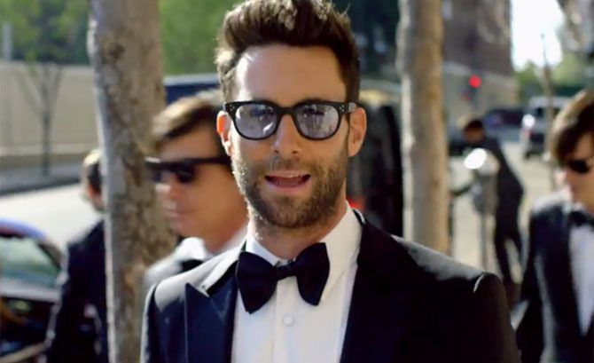 Maroon 5's 'Sugar' Controversy Helps Push Adam Levine's Band Atop Billboard Charts