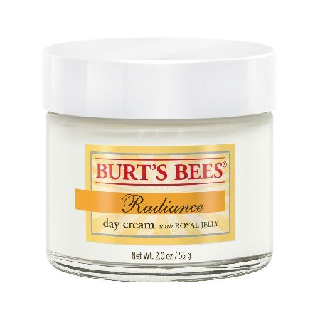 Burt`s Bees Radiance Day Cream 55g Burts Bees Radiance Day Cream helps to enhance your skins natural glow, whilst also maintaining your skins essential moisture and minimizing the appearance of fine lines. This natural cream contains m http://www.MightGet.com/january-2017-11/burts-bees-radiance-day-cream-55g.asp