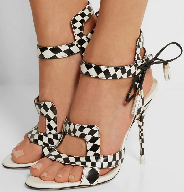 """Corinne Bailey Rae in Checked Sophia Webster """"Poppy"""" Sandals"""