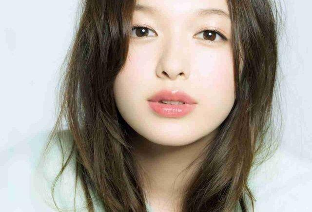 すっぴん風メイクで「素顔が可愛い女子」に見られちゃおう♡ | 4MEEE