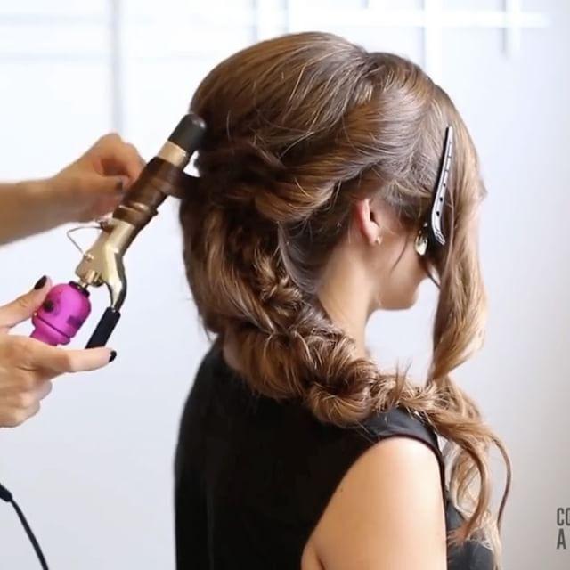 Вы хотите, чтобы я больше учебников по брюнеткам?  Веревка косы один из самых простых и наиболее эффективным способом для создания русалка ищет замки во вспышке.  Проверьте это халтура учебника, чтобы увидеть один из моих любимых способов использования веревочной оплетки.  И для более интенсивного образования волос на Updos и косах быть уверен, чтобы загрузить мои образовательные приложения для волос «Исповедь дамского» в ваших магазинах приложений.  #confessionsofahairstylistapp #hairapp…