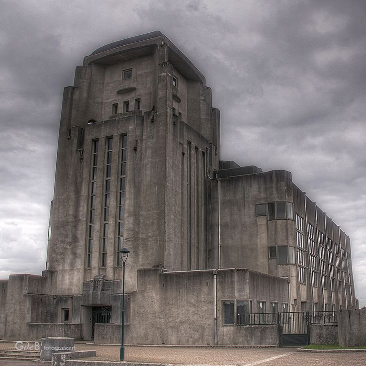 https://flic.kr/p/a1sUE9 | the cathedral | aka gebouw A  hallo bandoeng hier  radio kootwijk