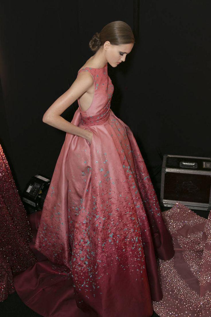 Elie Saab Backstage at Paris Couture Week - Fall 2015 Paris Couture Week Backstage Photos - Elle