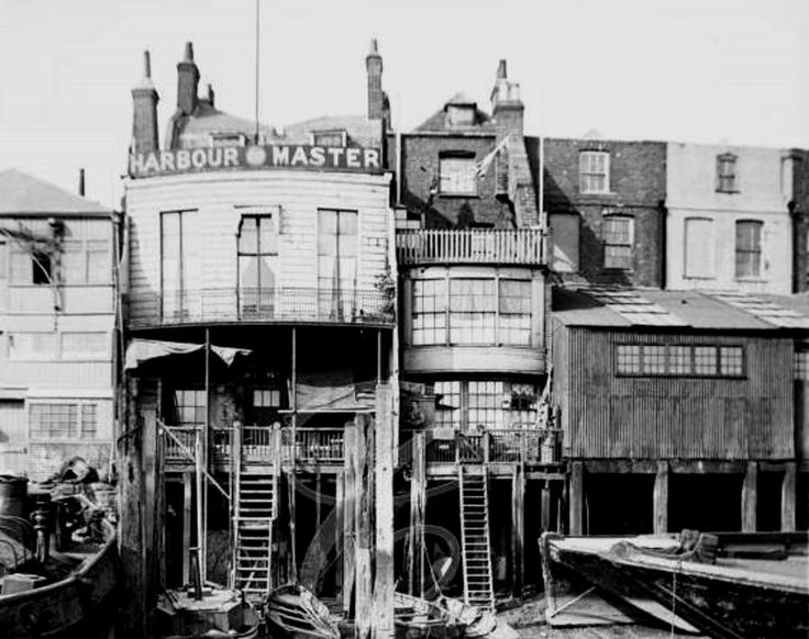 The Harbour Master's Office at 74 Narrow Street, Limehouse, London 1905