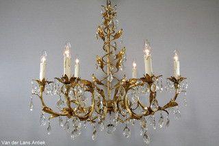 Italiaanse kroonluchter 25981 bij Van der Lans Antiek. Meer exclusieve lampen op www.lansantiek.com