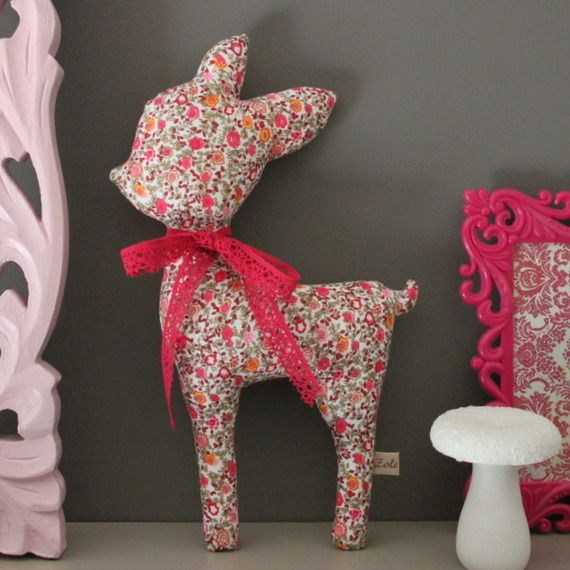Doudou Lilly la biche rose liberty