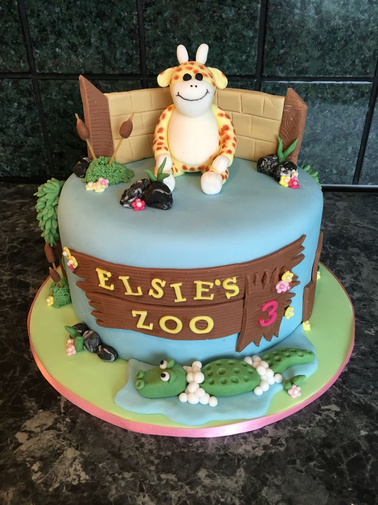 Loved making this cake, one of my favourites X