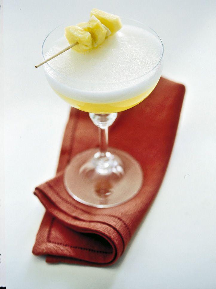 Cocktail di spumante all'ananas e zenzero