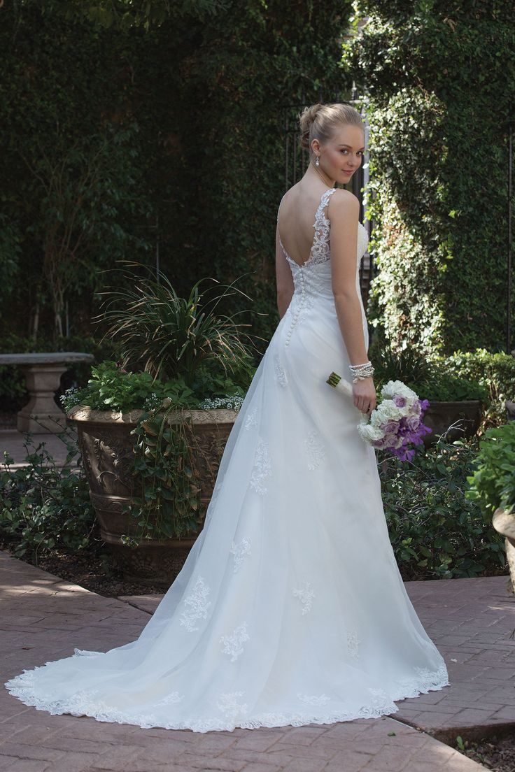 45 best Sincerity 2018 Collection images on Pinterest | Wedding ...
