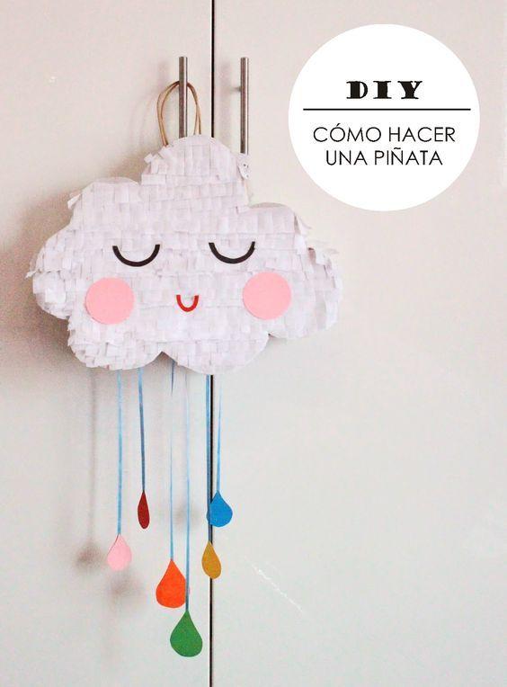 Piñatas con forma de nube - http://xn--manualidadesparacumpleaos-voc.com/pinatas-con-forma-de-nube/