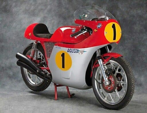 17 images about mike hailwood mike the bike on pinterest legends mike d 39 antoni and. Black Bedroom Furniture Sets. Home Design Ideas
