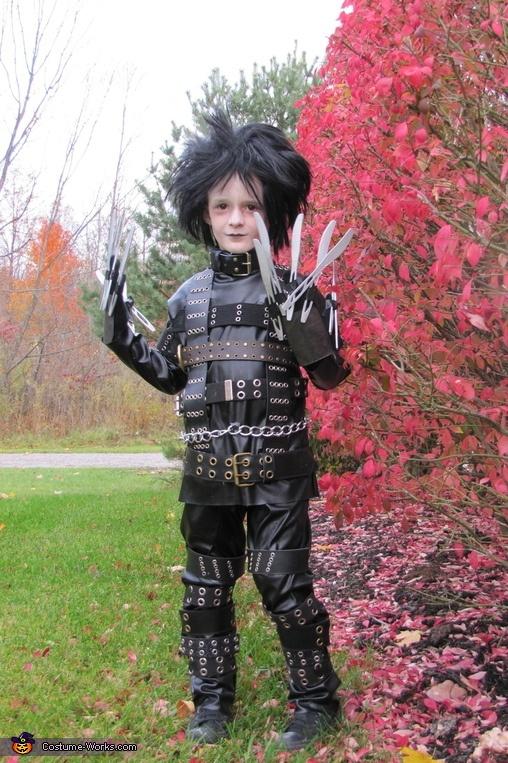 Edward Scissorhands - 2012 Halloween Costume Contest