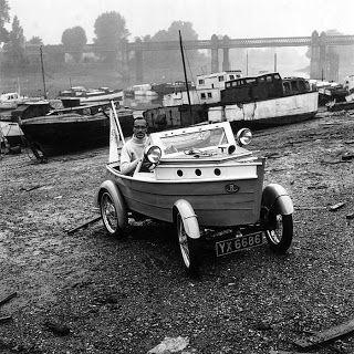 vehicules anciens (bizarre)