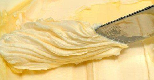 Chociaż masło nie cieszy się dobrą sławą ostatnimi laty, możesz być pewna, że jadane z umiarem nie zaszkodzi Twojemu zdrowiu.