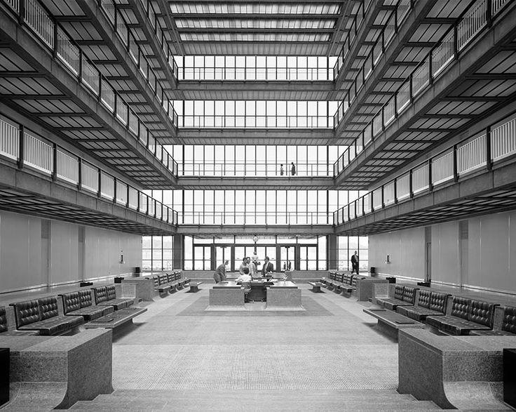 Bell Labs, Holmdel, Eero Saarinen. Photo by Ezra Stoller.