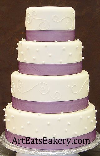 wedding cake, just add blue every other tier for color sceme I want someday :)