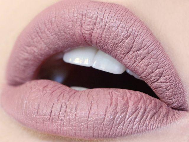 Fabuleux Les 25 meilleures idées de la catégorie Colourpop lipstick matte  GB03