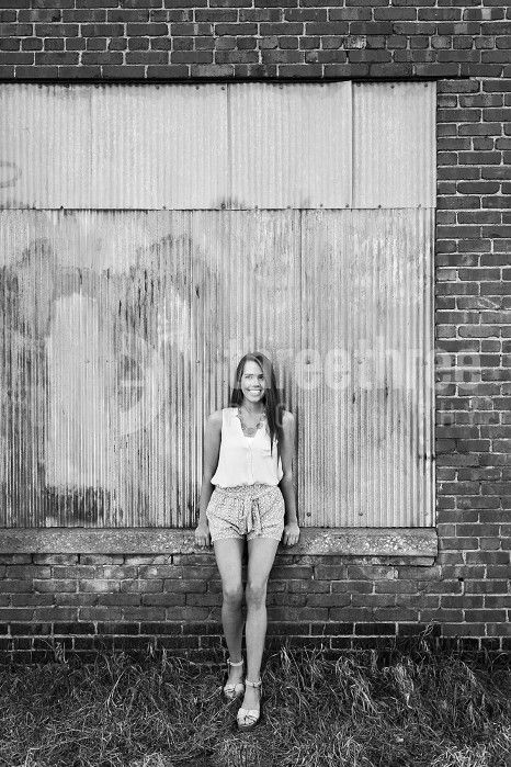 Kansas City Senior Photographer Hannah | Senior Pictures