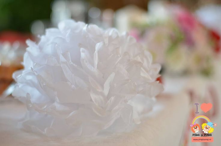 pom-pom-nunta-alb
