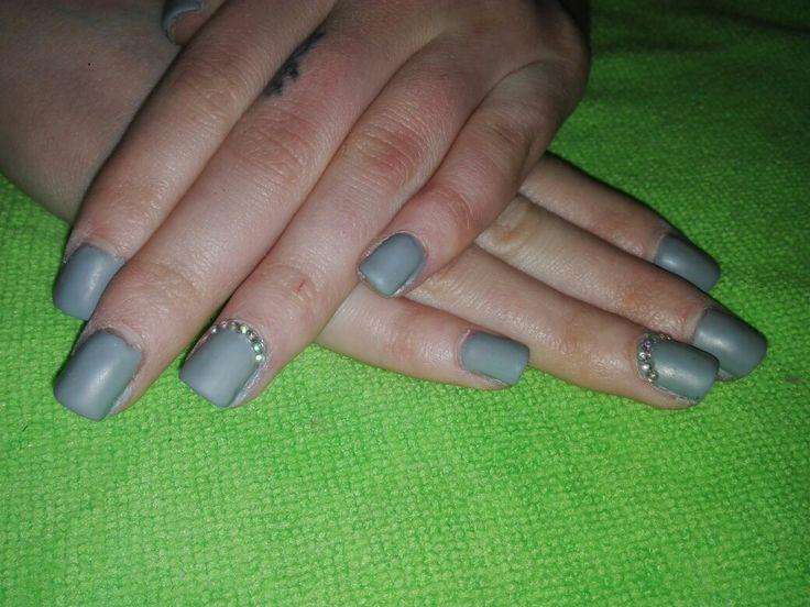 grey matte nails.