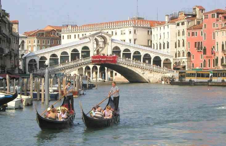 VeniceBuckets Lists, Favorite Places, Romantic Places, Gondola Venice, Wonder Places, Places I D, Venice Italy, Travel, Bridges