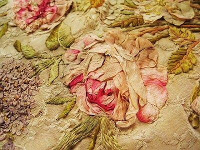 刺繍パネル - イギリスとフランスのアンティーク   バラと天使のアンティーク   Eglantyne(エグランティーヌ)