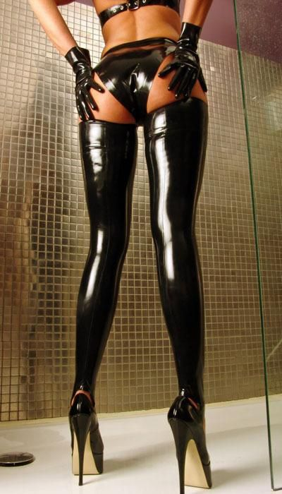 Untitled, msterg:   Oh My… what's not to like in this pic! bdsm master slave via pinterest