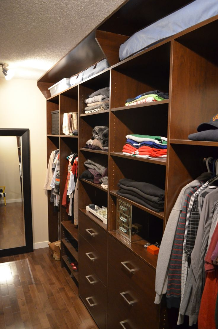 More of the Walk in Closet, Wifes design!