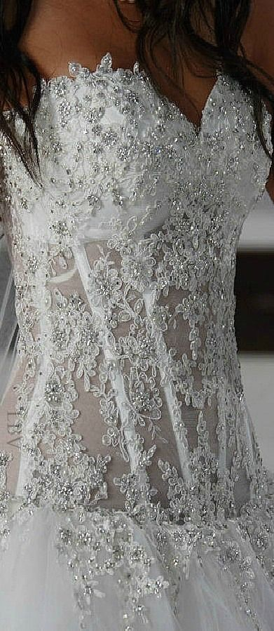 Pnina Tornai Exclusive for Kleinfeld Wedding Dress | LBV ♥✤