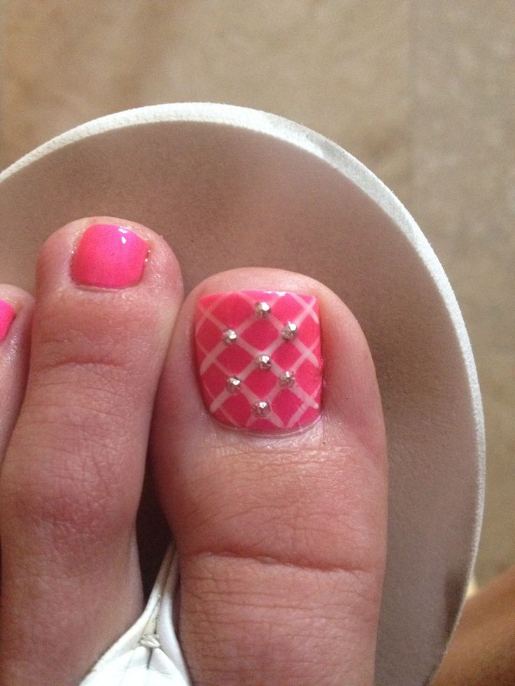 Hot pink toes with rhinestone!