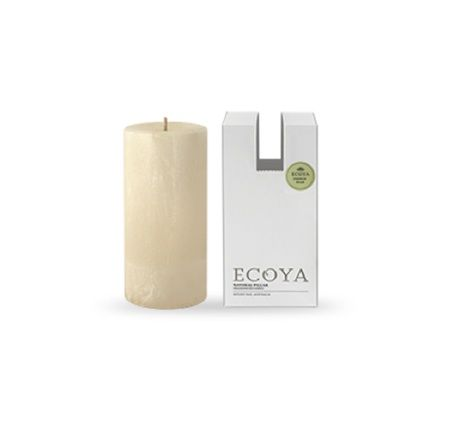 Ecoya Pillar Candle – French Pear. The essence of a crisp, tree-ripened pear is captured and blended with a hint of the creamiest vanilla. This sophisticated and rich combination is then infused with star anise for a scent akin to freshly baked apple crumble.
