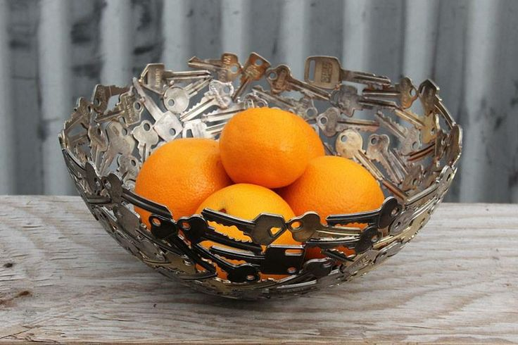 Keys and fruit