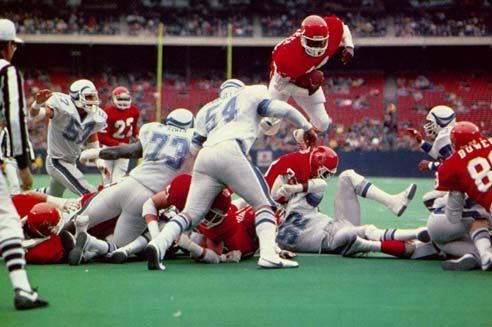 Uni Watch » Tiny Spuds (or, the USFL Part II)