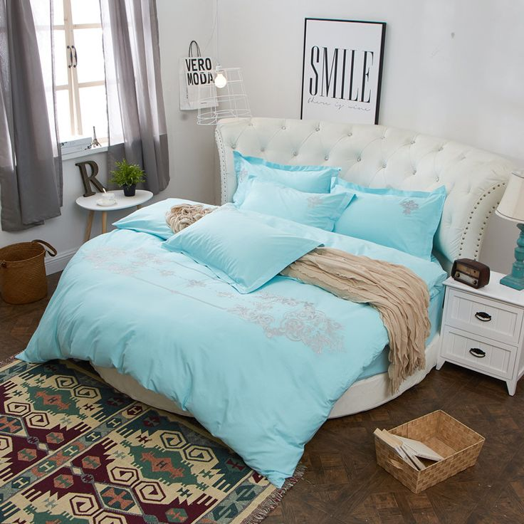 Luxury Embroidery 100 Cotton Round Duvet Cover Set