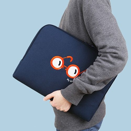 Blue – My little tiny thing 13 inches laptop pouch…