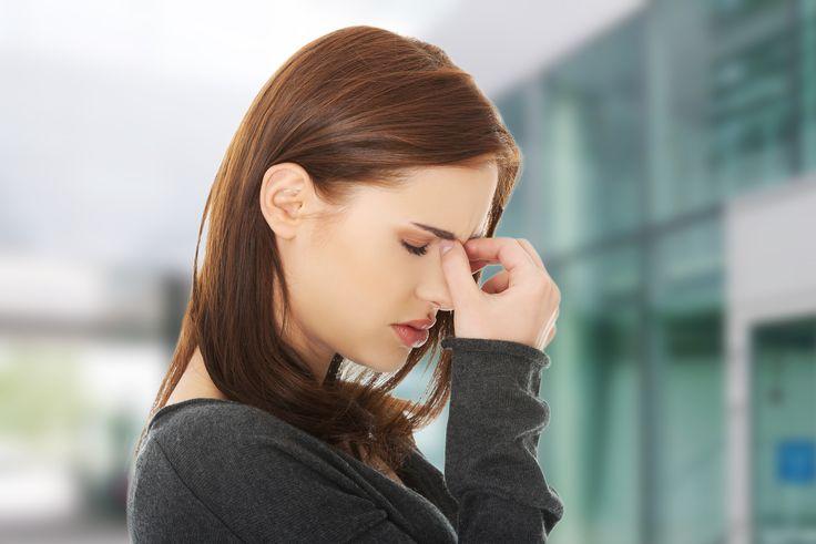 Stwardnienie rozsiane charakteryzuje się mnogością objawów uzależnionych od utworzenia plaki w określonym miejscu w mózgu lub rdzeniu kręgowym. Pozagałkowe zapalenie nerwu wzrokowego – jedno z najczęstszych schorzeń towarzyszących SM, spowodowane zmianami demielinizacyjnymi w obrębie nerwu wzrokowego. Nie zna się innej przyczyny tej dolegliwości oprócz stwardnienia rozsianego, nie oznacza to jednak, że każdy, kto przebył zapalenie …