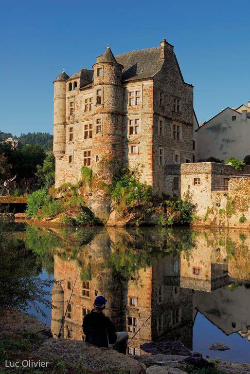 Old Palace in Espalion ~ Château de Calmont d'Olt. Aveyron, France