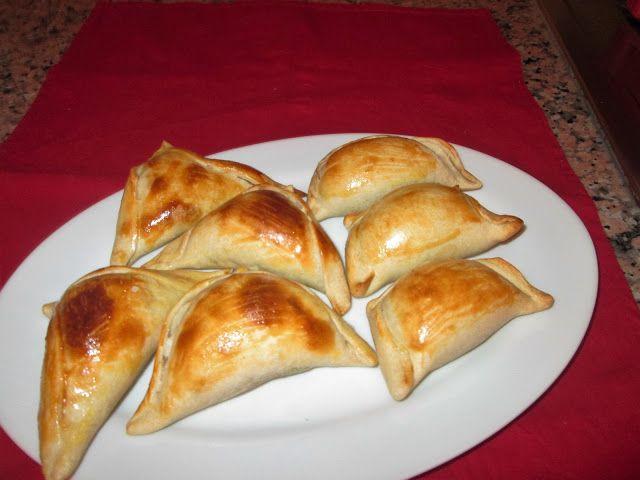 Cocina Chilena e Internacional: EMPANADITAS DE CÓCTEL