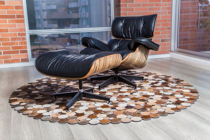 Tapete Indo -  Rug Indo. 100% Handmade rug, just awesome. Tapetes en Cuero Patchwork leather design